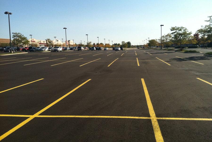 Asphalt Parking Lot Pavement Maintenance